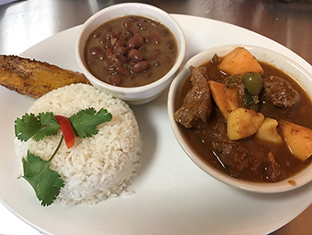 Carne con Papas /Beef Stew with Potatoes